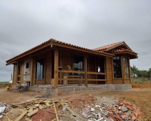 Casa de Madeira - Anchieta-ES – 91 m²